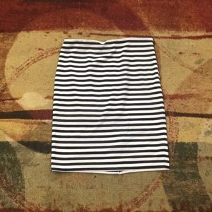 The Limited Blue/White Stripped Skirt NWOT